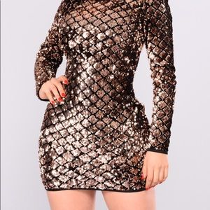 NWT Fashion Nova Shine Diamond Sequin Dress Large